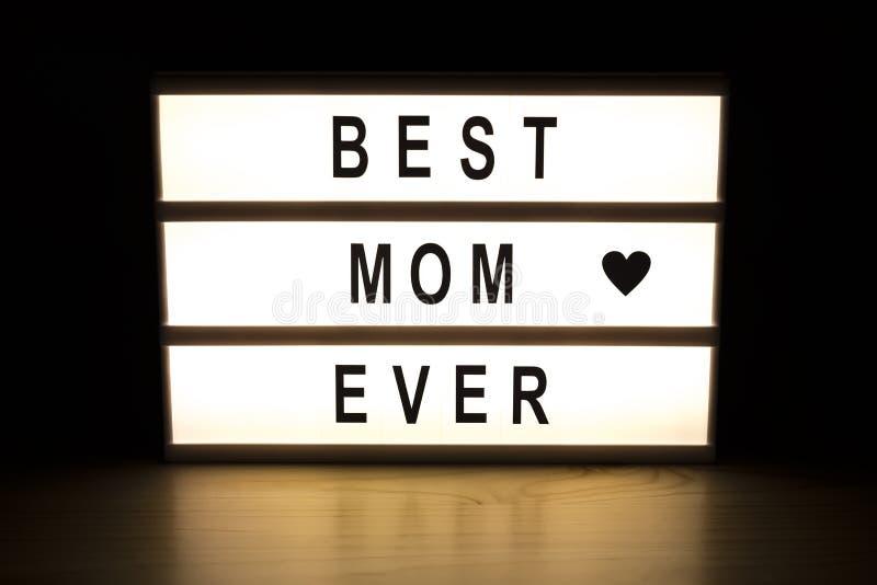 最佳的妈妈灯箱标志板 库存照片