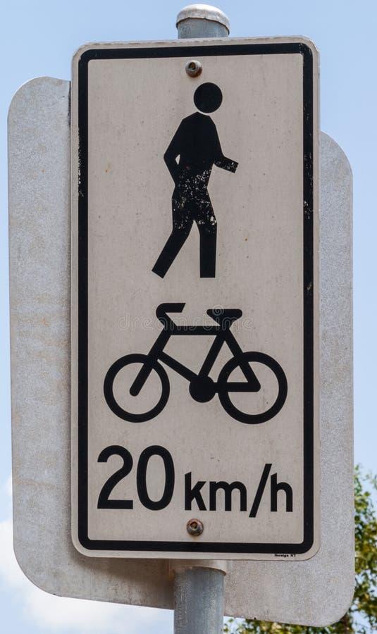 最大自行车速度标志,达尔文,澳大利亚 库存图片