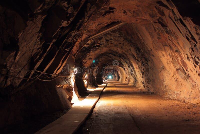 最小值老隧道 免版税库存图片
