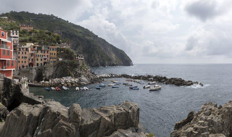 最小的海和天蓝色 库存图片