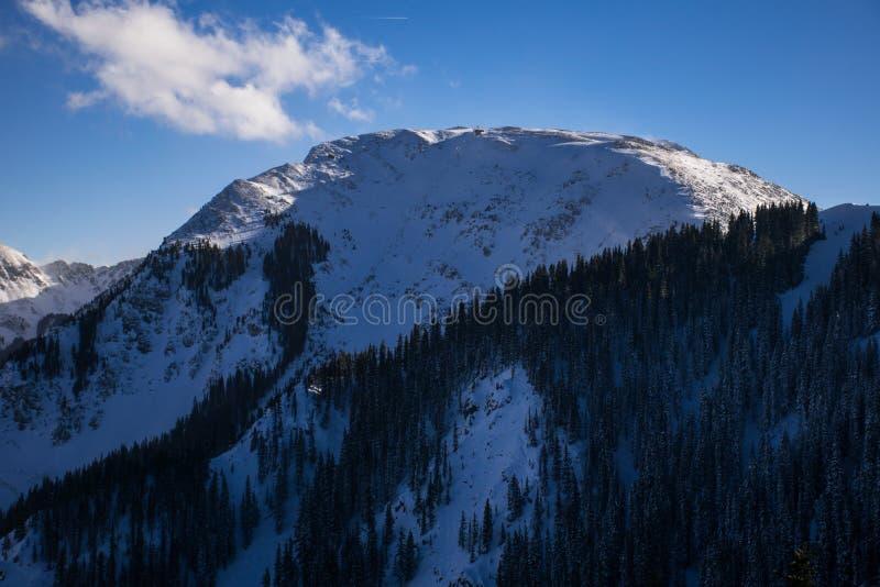 最高的滑雪电缆车美国Kachina峰顶Taos滑雪谷 免版税库存照片