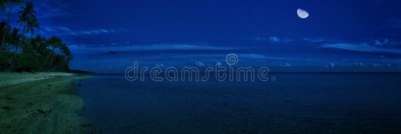 月亮&海 库存照片