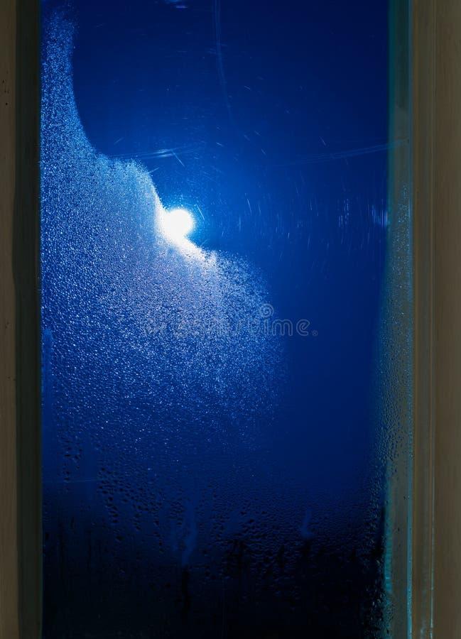 月光通过窗口 免版税图库摄影