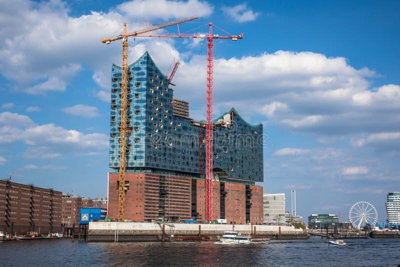 2013年5月1日的音乐厅Elbphilharmonie建设中, 库存照片