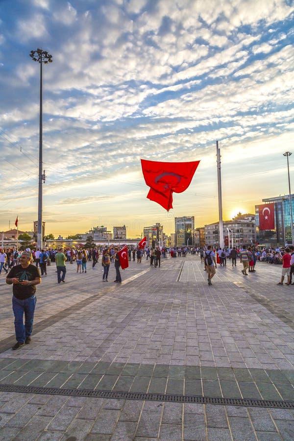 7月15日突然行动尝试抗议在伊斯坦布尔 免版税图库摄影