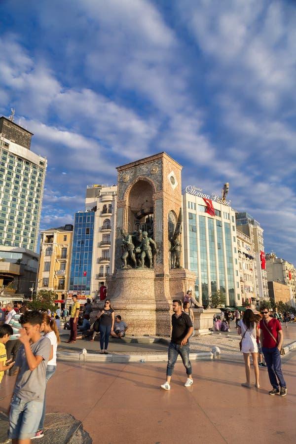 7月15日突然行动尝试抗议在伊斯坦布尔 免版税库存图片