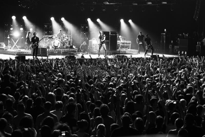 2012年9月22日,在星期六摇滚乐队安慰剂和布莱恩・莫尔可音乐会的在体育宫殿在米斯克,白俄罗斯 库存图片