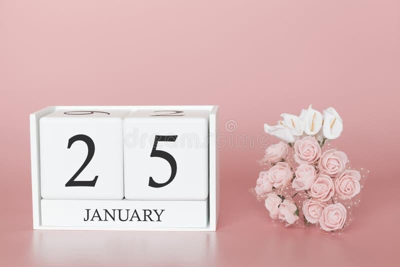 1月25日 天25月 在现代桃红色事务的背景、概念和一个重要事件的日历立方体 免版税库存图片