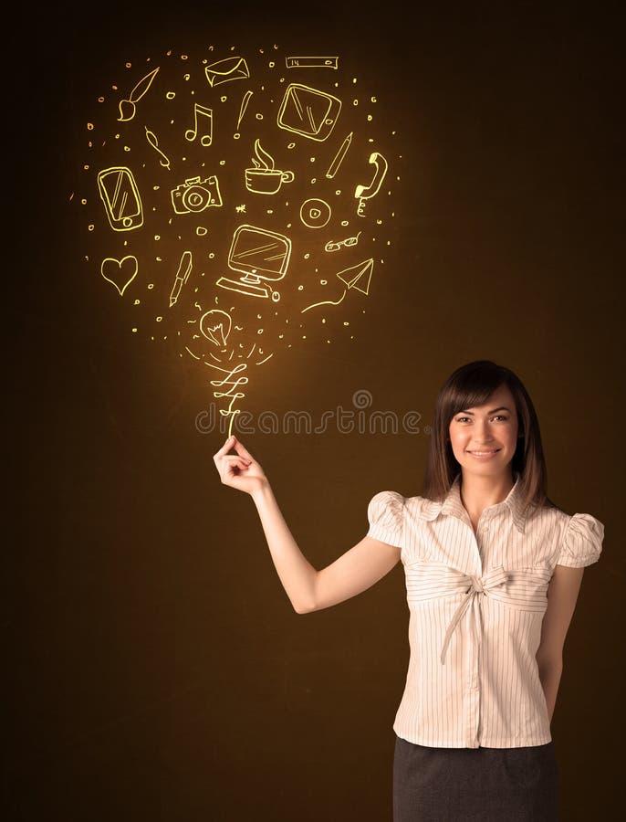 有一个社会媒介气球的女实业家 库存照片