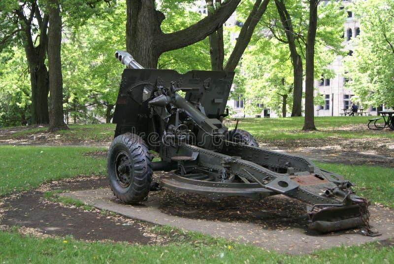 有一磅重量的东西野战炮火炮在蒙特利尔,魁北克,加拿大 库存照片