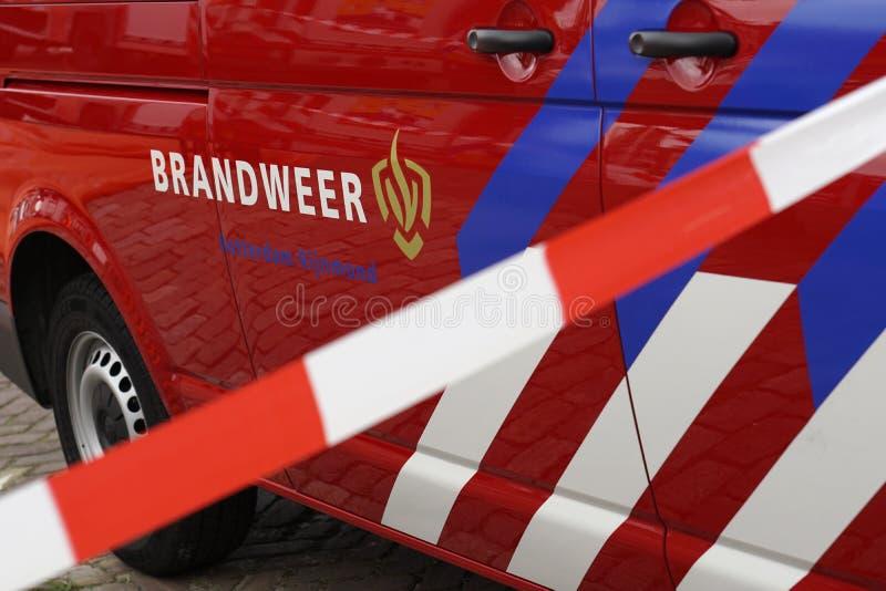 有丝带荷兰语的消防队车:Brandweer 图库摄影