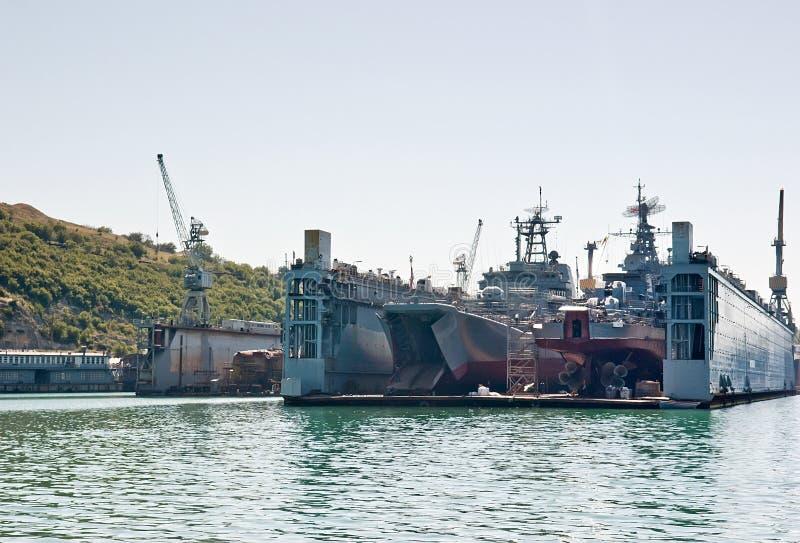 有两艘登陆艇的浮船坞 图库摄影