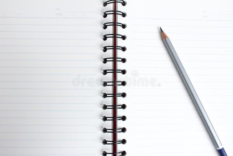 有书的铅笔 免版税图库摄影