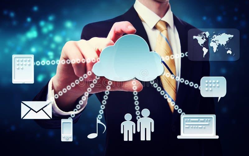 有云彩连通性概念的商人 库存例证