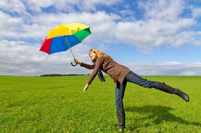 有伞的妇女 免版税库存照片