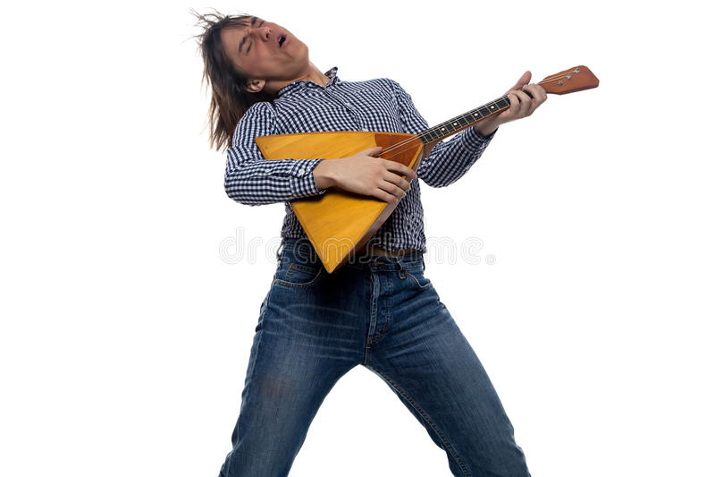 Download 有俄式三弦琴的跳舞岩石年轻人 库存照片. 图片 包括有 brunhilda, 衬衣, 仪器, 更加秃头的 - 59112898
