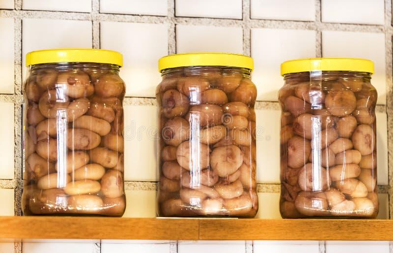 有保存的菜玻璃瓶子 免版税库存图片
