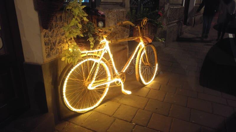 有光的克拉科夫自行车 库存图片