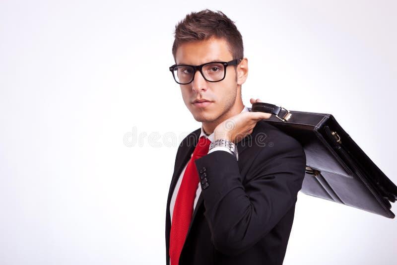 有公文包的学员在他的  图库摄影