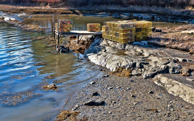 在小码头的龙虾陷井 免版税图库摄影
