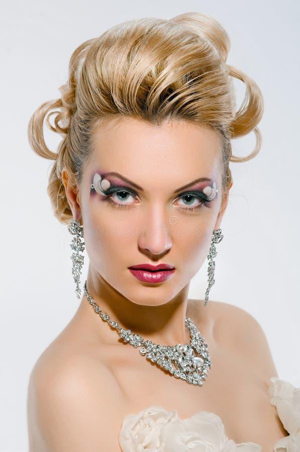有创造性的构成和发型的新娘 库存图片