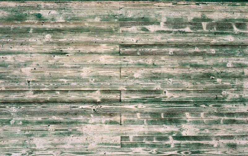有剥的绿色油漆木盘区墙壁 拷贝空间的难看的东西背景 图库摄影