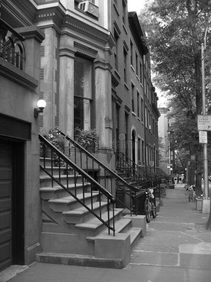 有历史布鲁克林的褐砂石 免版税库存照片