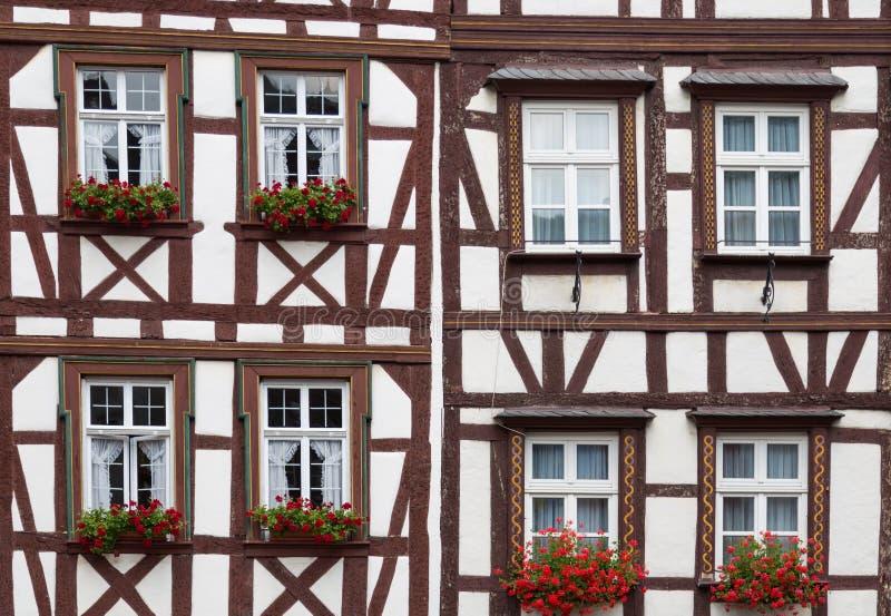 有历史的半木料半灰泥的房子在德国 库存图片