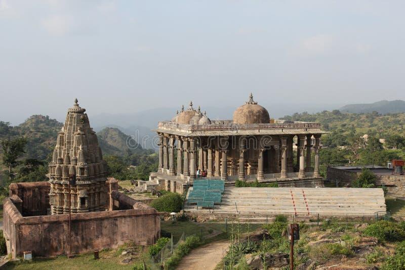 有历史的结构 neelkanth mahadev寺庙, kumbhalgarh堡垒 免版税库存照片
