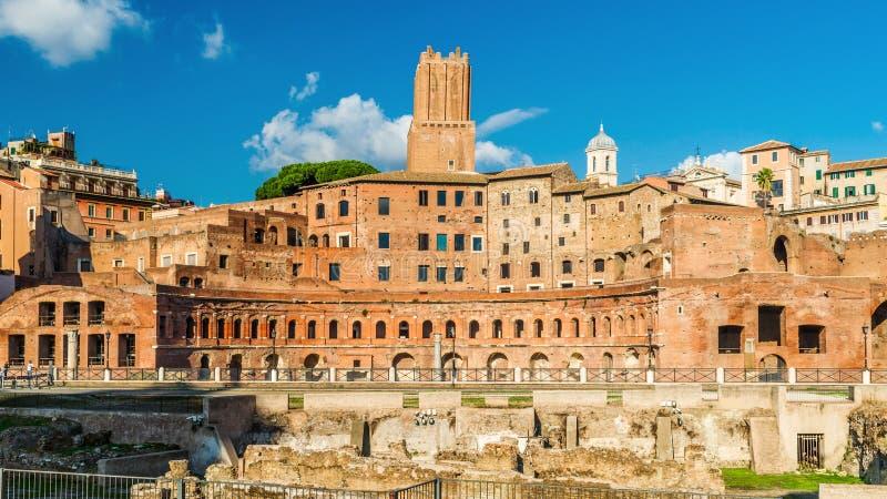 有古老市场的,罗马,意大利图拉真广场 库存图片