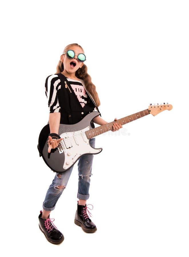 有吉他的女孩 免版税图库摄影