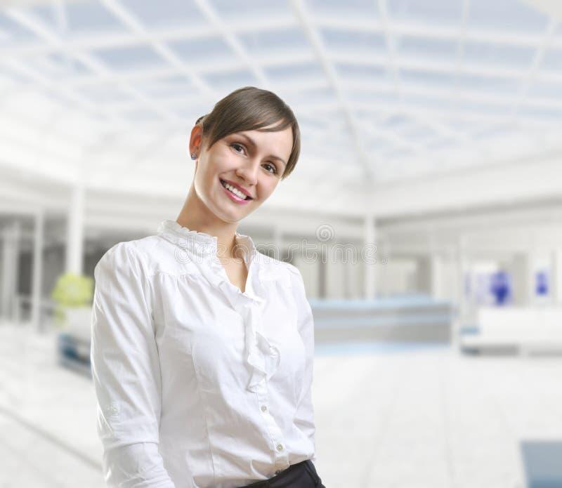 有吸引力的企业纵向妇女年轻人 库存图片