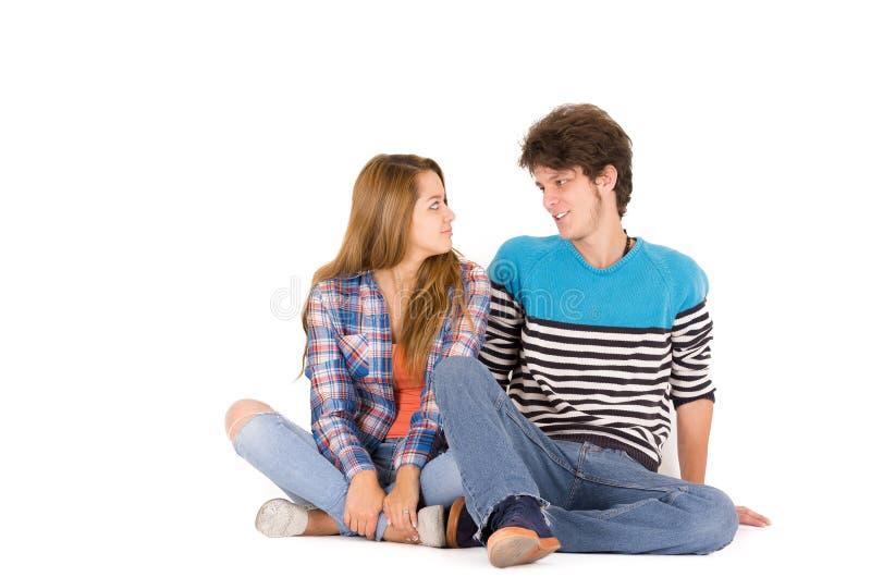 有吸引力的年轻愉快的夫妇画象在爱的 库存照片