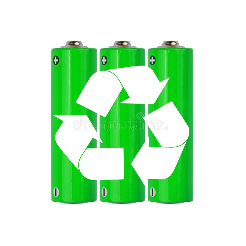 有回收的标志绿色碱性AA电池 免版税库存图片