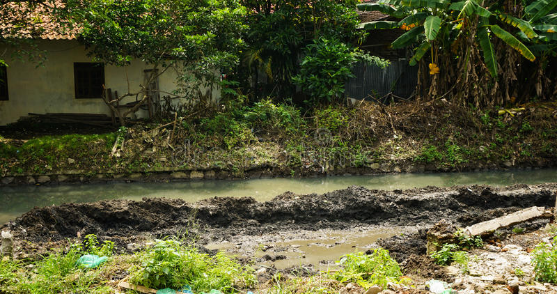 有在三宝垄拍的泥照片的河印度尼西亚 库存照片