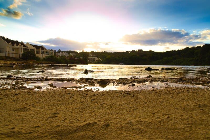 有在日落期间的盐水湖 免版税图库摄影