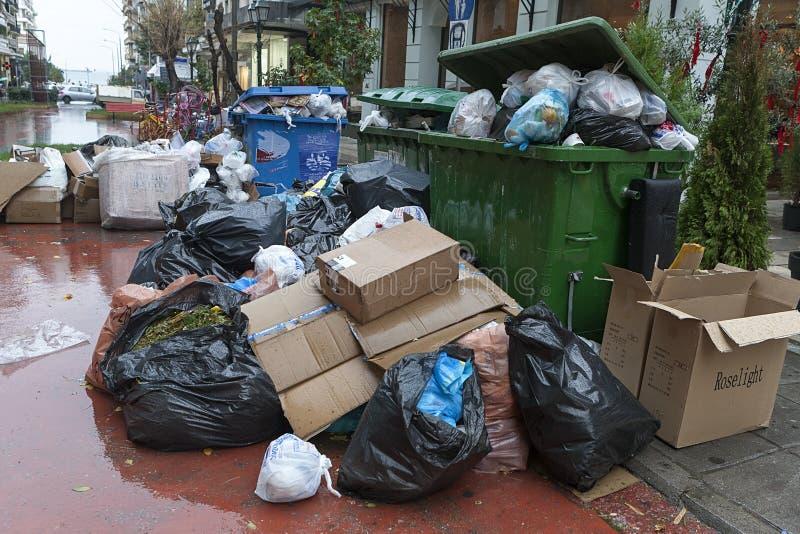有垃圾的街道 免版税库存照片