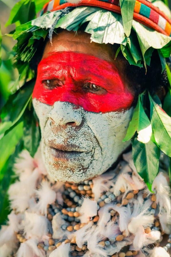有大项链的妇女在巴布亚新几内亚 图库摄影