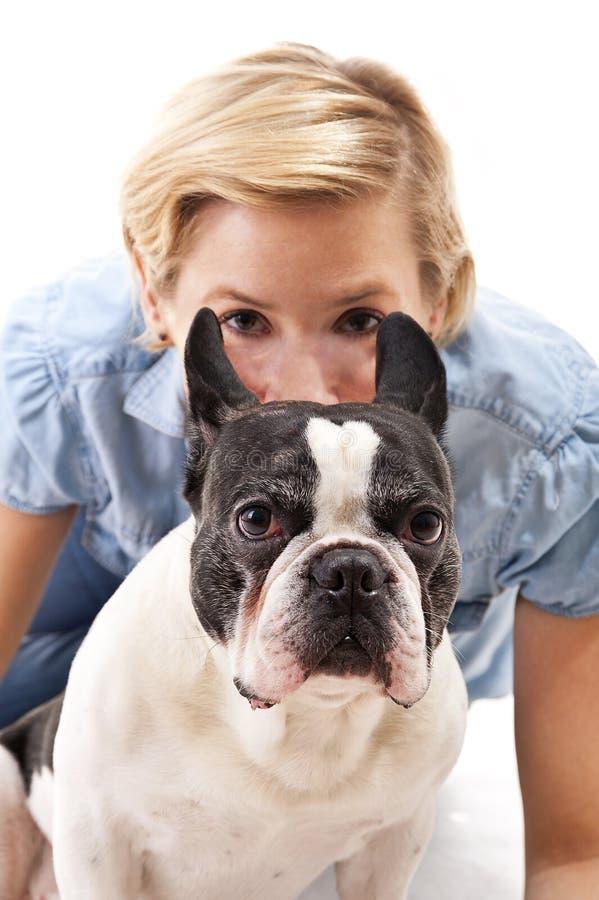 Download 有她的狗的妇女 库存照片. 图片 包括有 滑稽, 家谱, 国内, 交配动物者, 似犬, 小狗, 伴随, 服从 - 30339040
