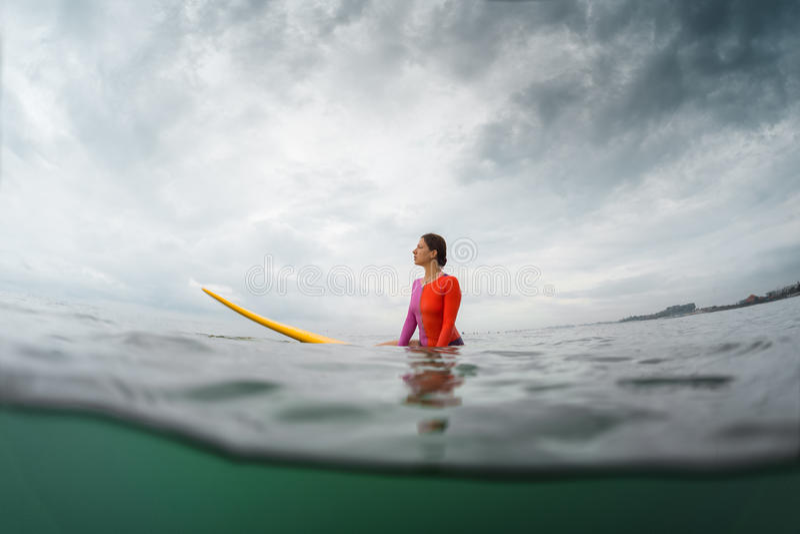有委员会的冲浪者 免版税图库摄影