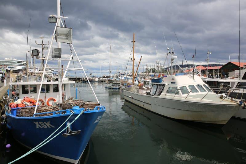 有小船的霍巴特港口 库存图片