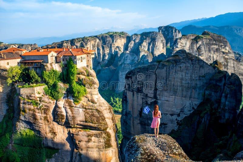 有希腊旗子的妇女 免版税图库摄影