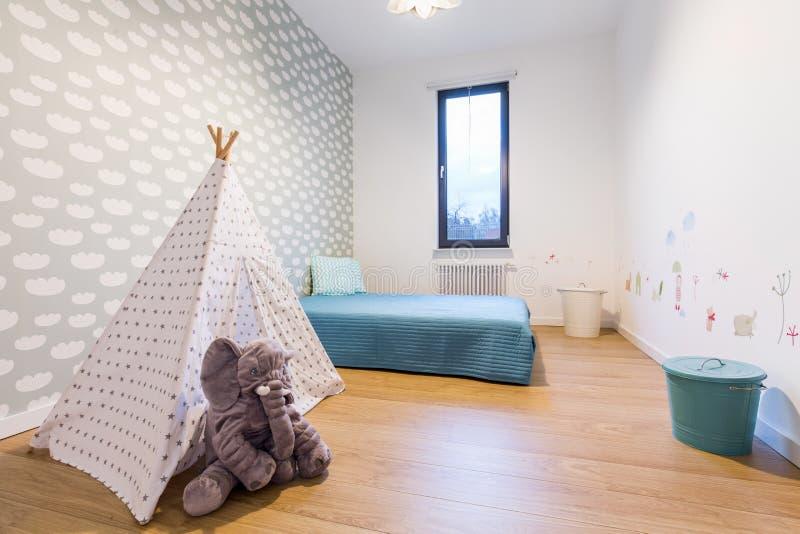 有帐篷帐篷的儿童居室 免版税库存图片