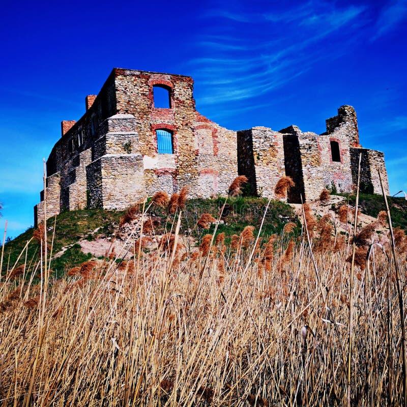 有很多城堡的颜色废墟 图库摄影