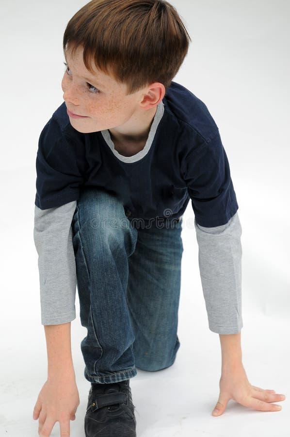 有很多雀斑的可爱的男孩 免版税图库摄影