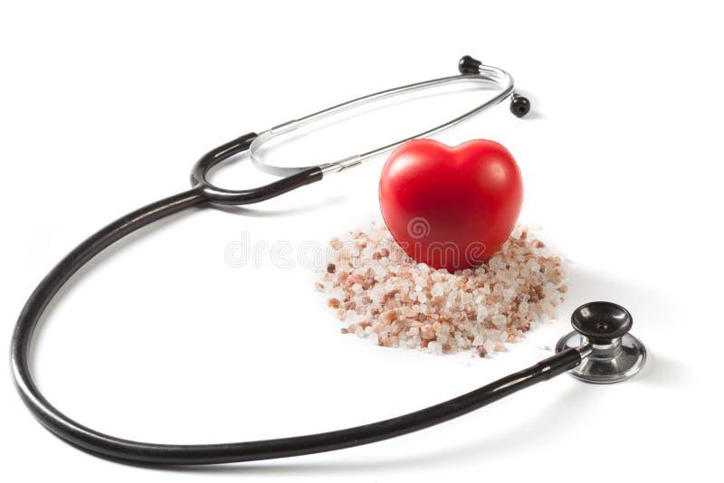 有心脏的黑听诊器 免版税库存图片