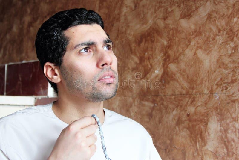 有念珠的阿拉伯回教人 库存照片