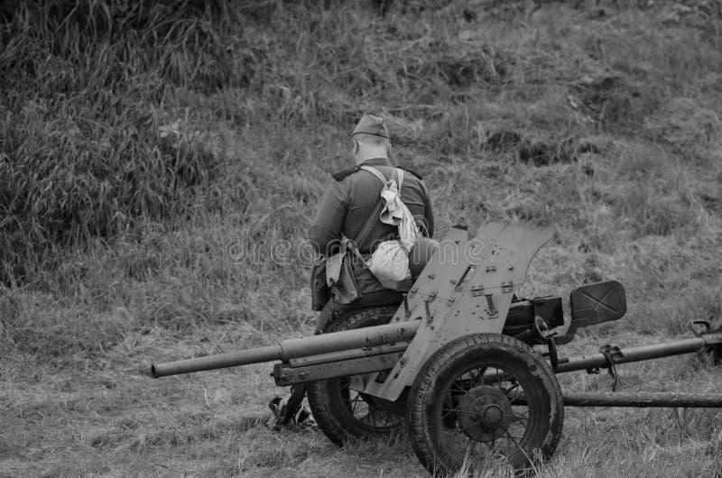 有战士的机枪 免版税图库摄影