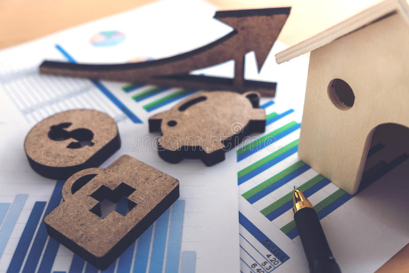 有房子的财政银行股报表,贪心,医疗, 免版税库存图片