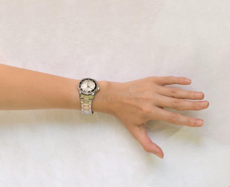 有手表的手 库存照片